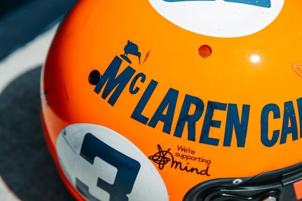 ダニエル・リチャルド(マクラーレン)モナコ仕様のヘルメット:ガルフデザイン