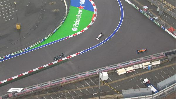 土砂降りの雨の中でノリスがコースアウトし、ハミルトンがレース首位に:2021年F1ロシアGP