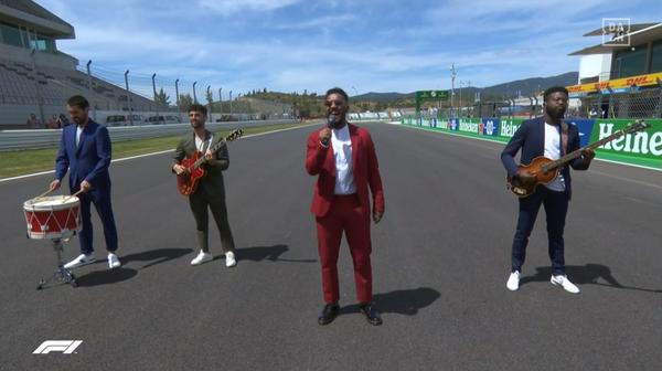 国歌斉唱、2021年F1ポルトガルGP 3
