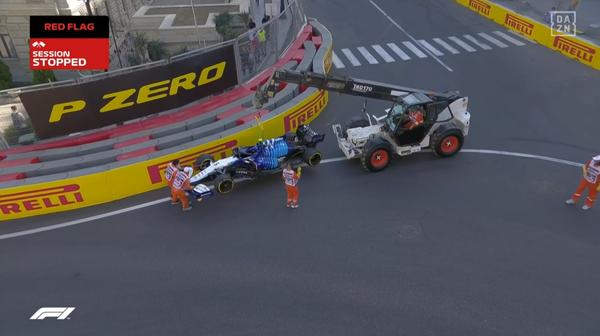 <br> F1マシン撤去作業