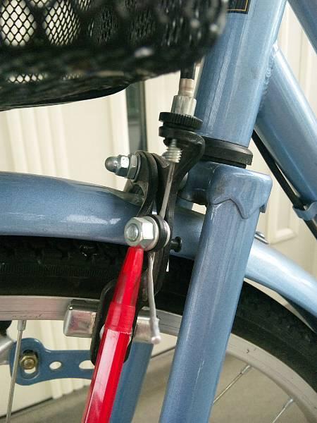 自転車の 自転車 調整 ブレーキ : の前ブレーキの効き具合を調整 ...
