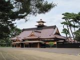 復元の終わった函館奉行所