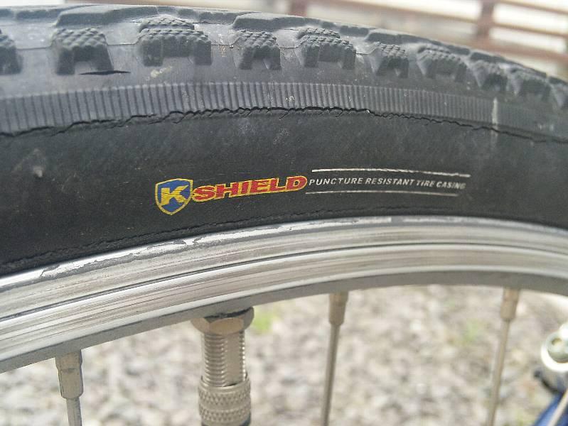自転車の リム 自転車 ゴム : 自転車のタイヤの寿命ってどの ...