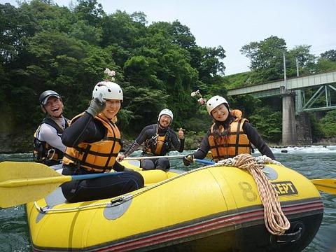 Rafting%2020110612camp