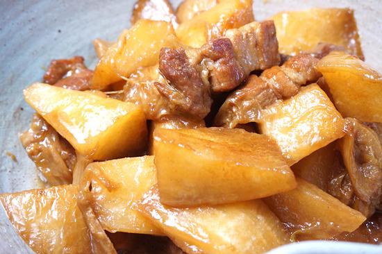 大根と豚バラ肉の煮込み03