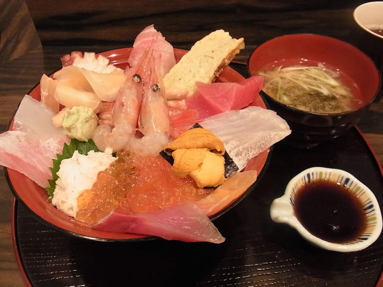 北海道 市場 海鮮丼
