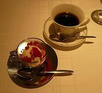 アイスクリームと コーヒー