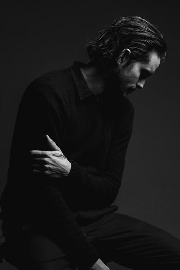 1_Dylan_Portrait_studio027