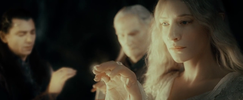 Galadriel_recieves_the_Ring