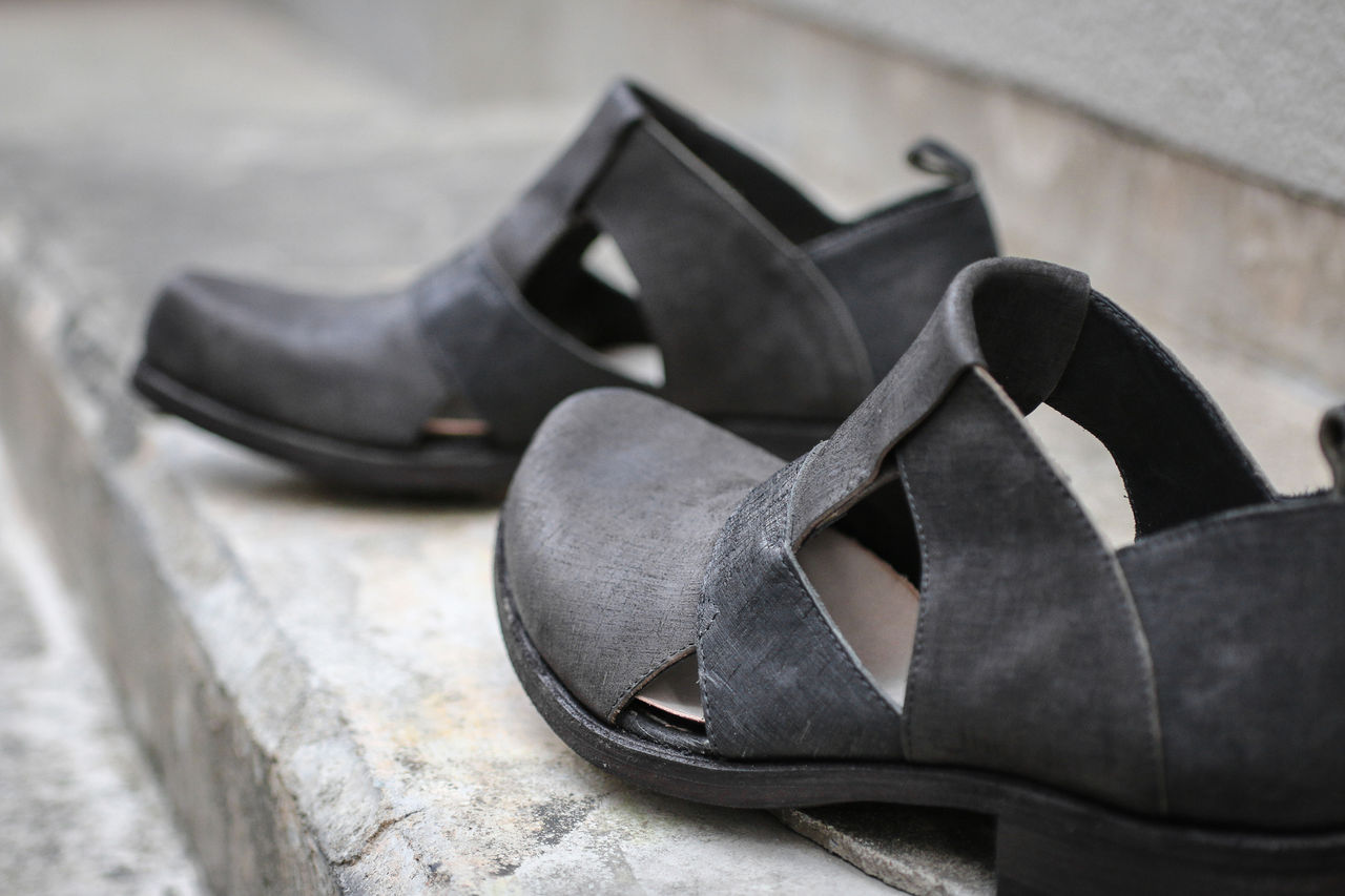 IS by individual sentiments - Square Toe Sandals_4