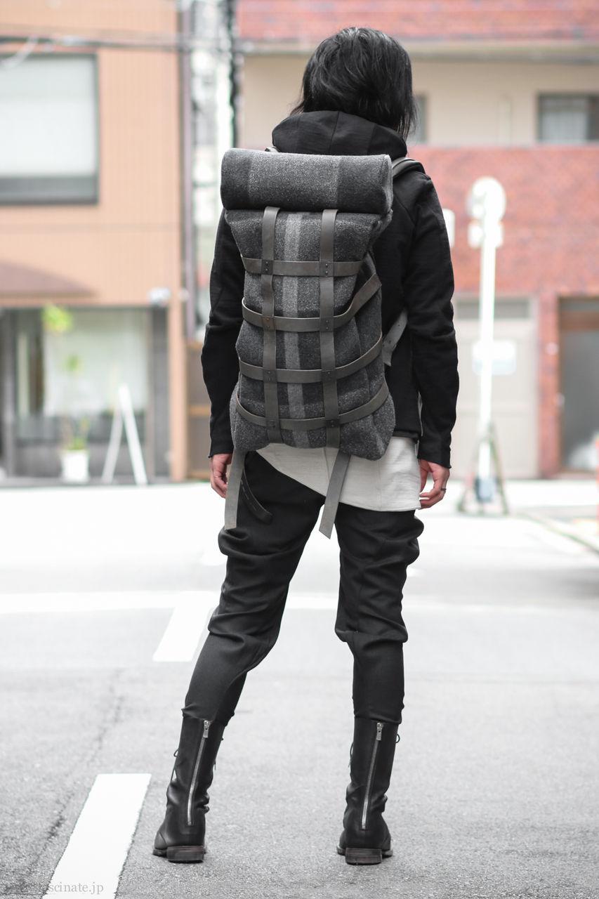 Devoa Melton Bag Styling-3