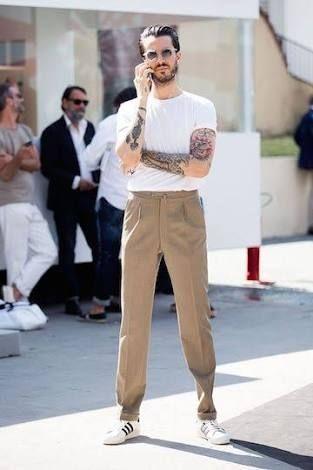 【パンツ】ベージュのチノパンは若い人から見ておっさん丸出しのファッションらしい