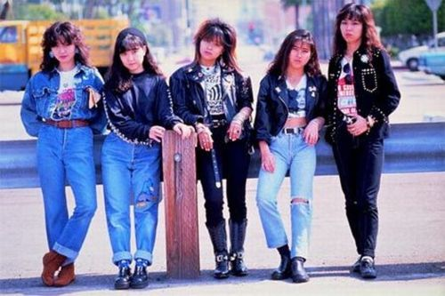 80年代のファッションって・・・世界中ダサいんだが
