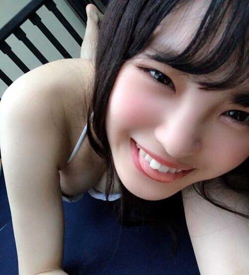 NMB48新澤菜央、ビーチクをポロリ画像アップか!削除するもすでに