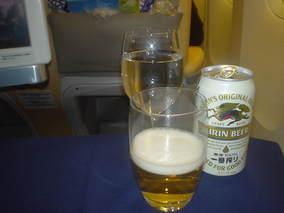 まずはビールから(^^☆
