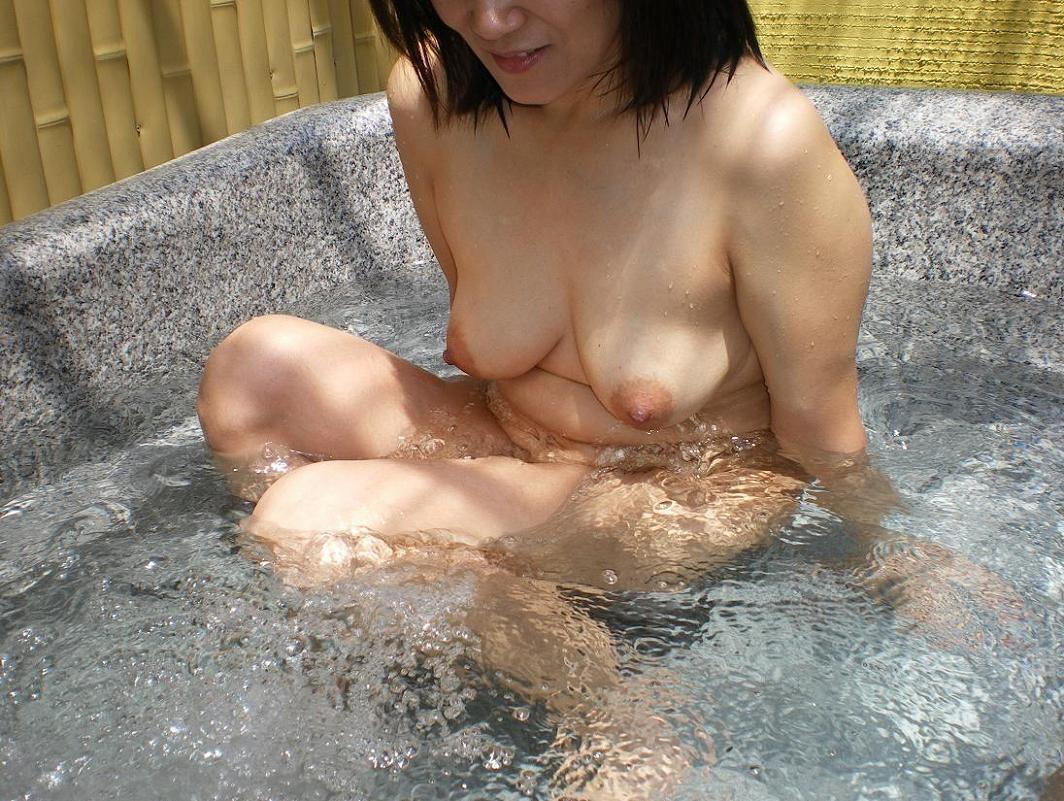 恋人が風呂に入ってるところを収録して掲示板にうp