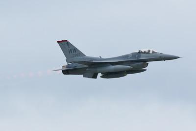 FJ5A9197b