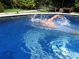 040909ドゥスンのんびり泳ぐ