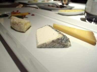 080117トロワグロチーズ.jpg
