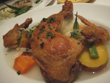 060910フェアドマ鶏のコンフィと自家製ザワークラウトのスープ仕立て