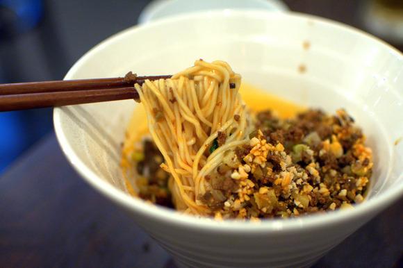四川汁なし担々麺-6