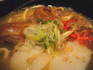 060509なびかまソーキ蕎麦945.jpg