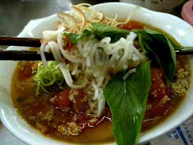 060623nhulanトマトとカニのスープ麺.jpg