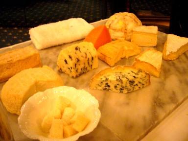 060428ラロシェルチーズ.jpg