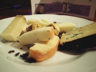 070117fermoチーズ盛り合わせ