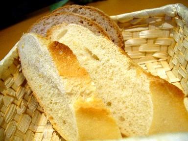 060426naviglioパン.jpg