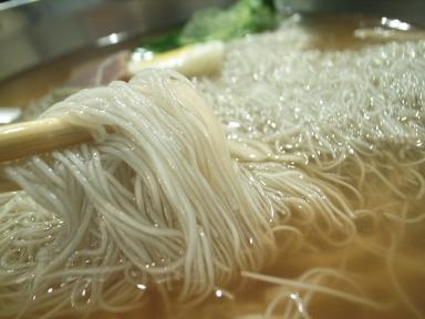 070910チョンギワ新館冷麺アップ.jpg