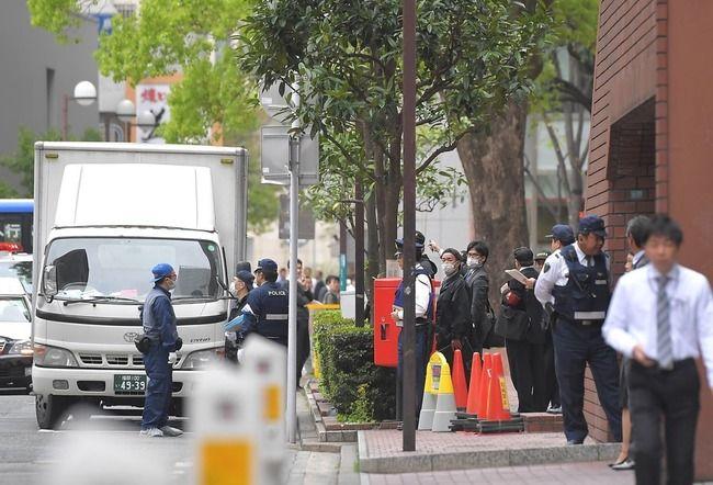 【速報】福岡・天神の路上で現金3億8400万円奪われる