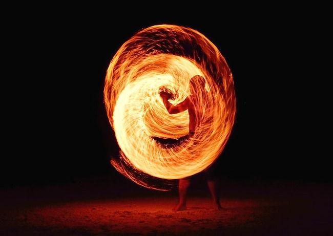 勇者「行くぞ火の四天王!」 火の四天王「来たか勇……者」
