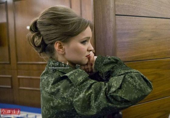 【画像】世界の女性兵士達可愛すぎワロタwwwww