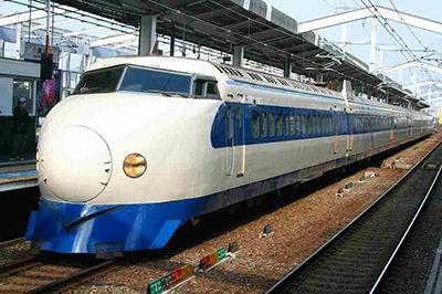 【画像あり】新幹線が早さを求めた結果wwwwwwww