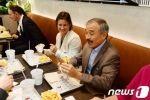 ハリス在韓米国大使、重要行事を次々キャンセル、SHAKE SHACKでハンバーガーを食べる→韓国人激怒