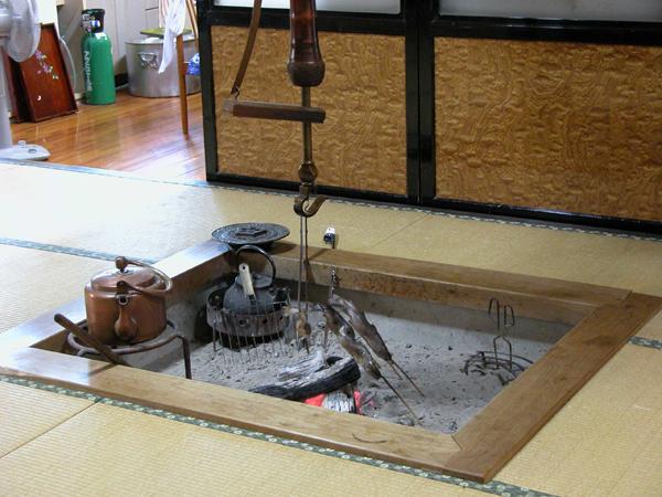 の 作り方 囲炉裏