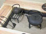 囲炉裏テーブルアップ.jpg