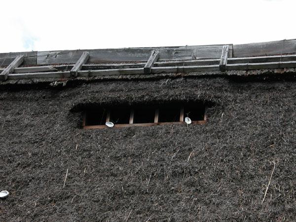囲炉裏・火鉢・七輪のうんちく − 炭火道