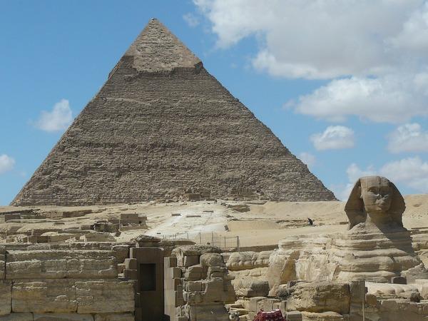 pyramids-232679_1280