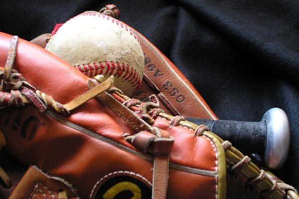 baseball-1354946__480