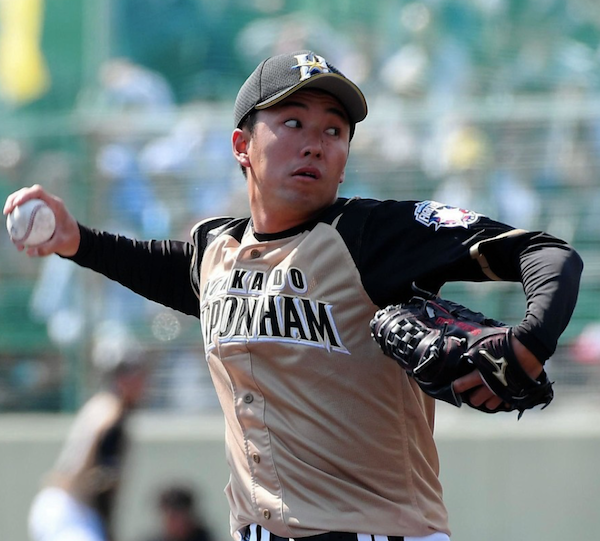 斎藤佑樹が多彩な変化球で虎狩り 2回無安打無失点