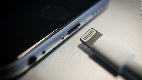 iphone-lightning-cable-super-169