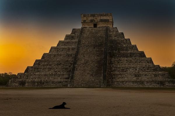 mayan-temple-4366753_640