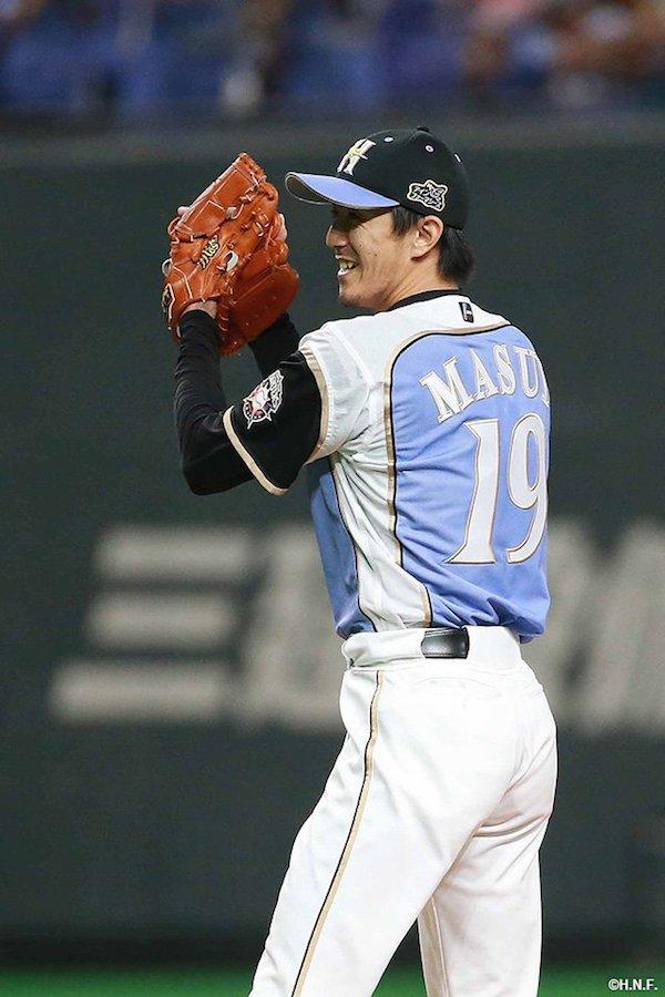 日ハム増井浩俊 32登板 2H24S 防御率0.54