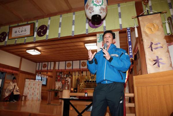 ハム栗山監督、新外国人野手の獲得を示唆