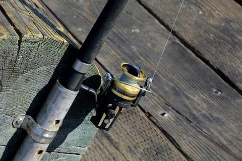 fishing-reel-1787079_640