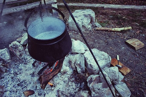 cooking-pot-1272635_640