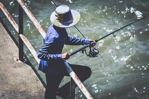 fisherman-1869288_640