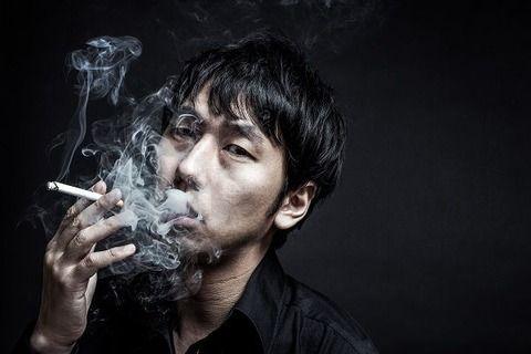 嫌煙厨「タバコ臭い!百害あって一利なし!」 ワイ喫煙者「……うん、そうだね」スパー